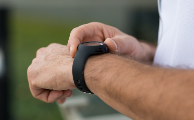 How to Pick a Fitness Tracker for Your Workout Style